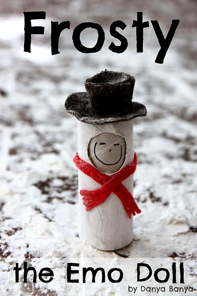 Frosty the Snowman 'emo' toilet paper roll doll, with changeable facial expressions to encourage emotional imaginative play. Great for Christmas or a winter theme.`