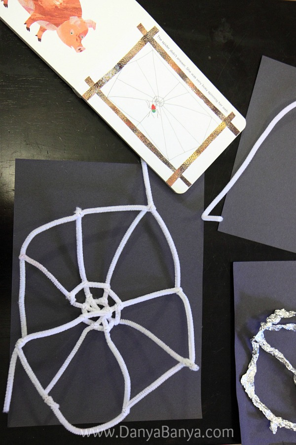 Starting a pipecleaner spiderweb