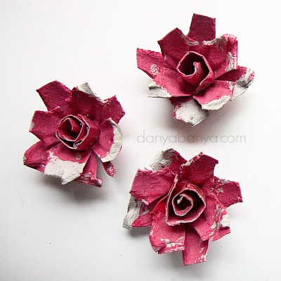 Easy egg carton roses by Danya Banya