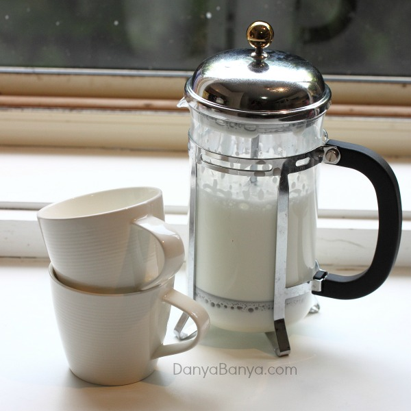 Coffee plunger makes awesome DIY babyccinos at home
