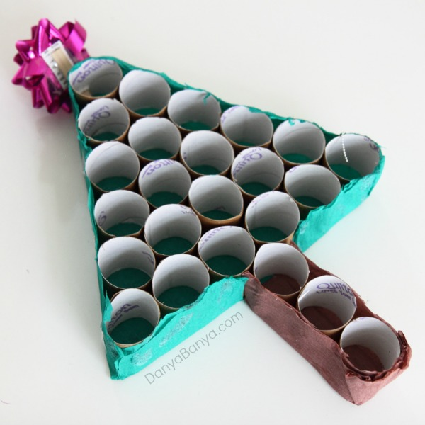 DIY toilet paper roll advent calendar Christmas tree