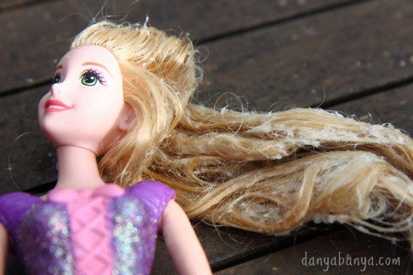 How to untangle Rapunzel doll hair