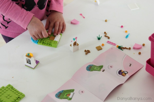 Preschoolers can build with minimal help with LEGO Juniors