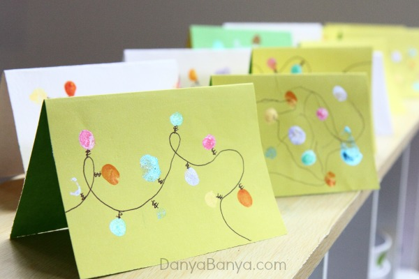 How to make Christmas lights cards using toddler and preschooler fingerprints