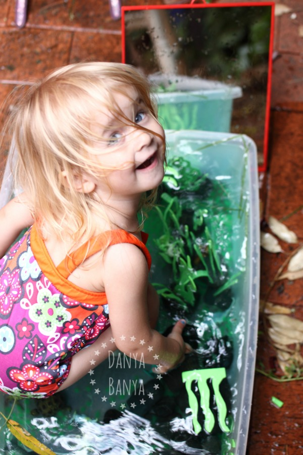 Water sensory play for toddlers