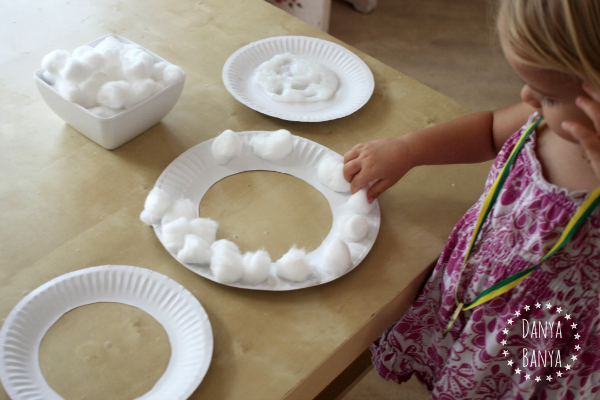 Toddler craft Make a paper plate sheep mask