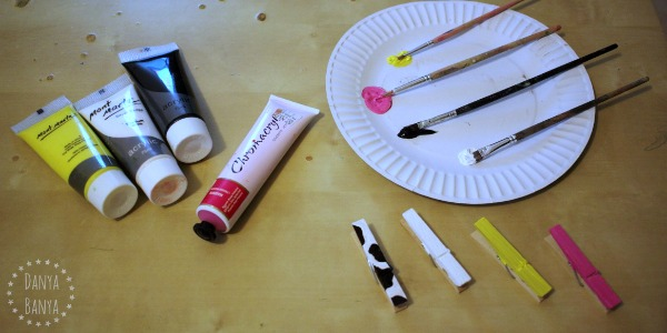 Painting peg farm animals