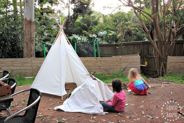 stick-lets teepee