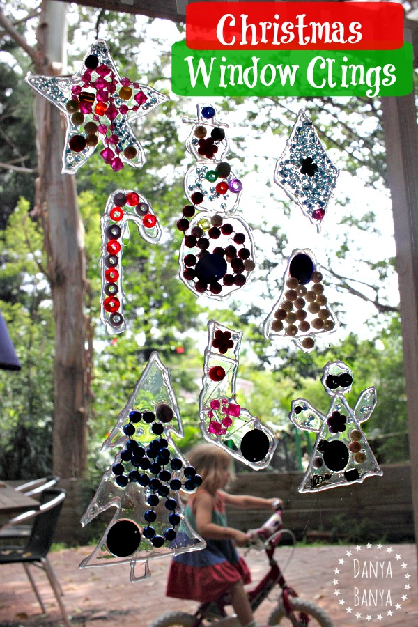 Christmas Window Clings - so cool! This would make a fun kids craft that doubles as a window decorations for the holidays