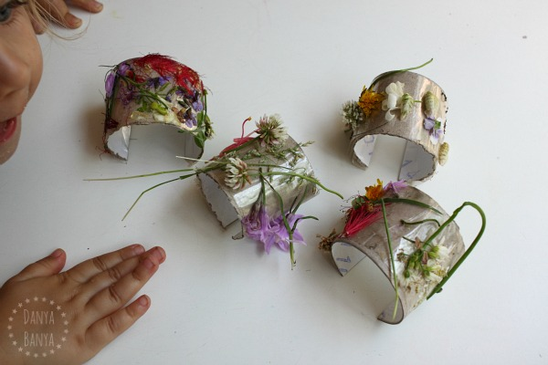 Nature cuffs - Pretty DIY flower bracelets made from recycled toilet paper rolls