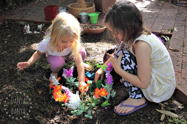 Imaginative fairy play in the dirt