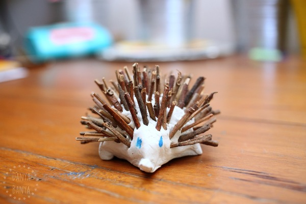 Echidna craft with sticks