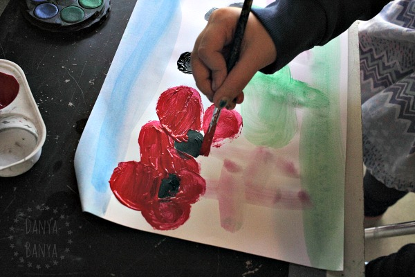 5-year-old-painting-poppies-for-anzac-day