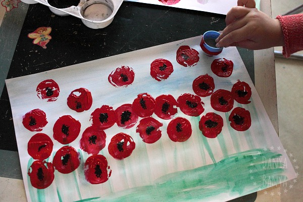 painting-a-field-of-poppies-for-anzac-remembrance-day