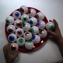 DIY bloodshot eyeballs