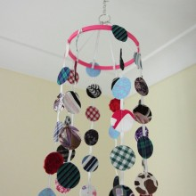Getting ready for the baby: Hanging Mobile