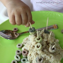 Toddler Fine Motor Play: Stacking cereal rings for breakfast